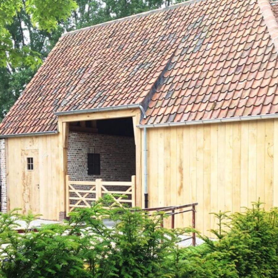 Eiken Bijgebouw inclusief dak afwerking